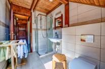 Szent Kristóf Panzió – Fürdőszoba Zuhanyzóval