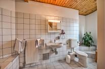 Szent Kristóf Panzió – Hegyre néző Appartman-fürdőszoba